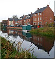 SO8004 : Canalside houses, Stonehouse by Jaggery