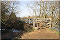SP4808 : Thames Path footbridge SE of Godstow Lock by Roger Templeman