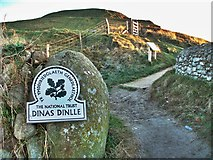 SH4356 : Dinas Dinlle by Stephen Elwyn RODDICK
