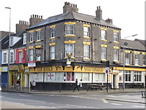 TA0828 : The Eagle on Anlaby Road, Hull by Ian S