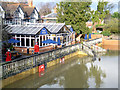 SU6089 : Christmas Day 2012. A Very Riverside Pub by Des Blenkinsopp