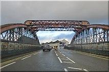 TQ2282 : Mitre Bridge, Scrubs Lane by Stefan Czapski