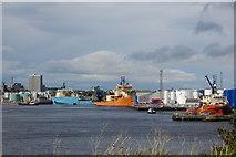NJ9505 : Oil Service Vessels, Tidal Harbour, Aberdeen by Bill Harrison