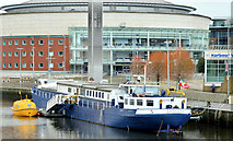 "J3474 : The ""Confiance"", Belfast (4) by Albert Bridge"
