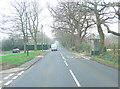 SU4611 : B3033 Botley Road by Stuart Logan
