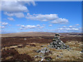 NY7635 : Summit area of Bellbeaver Rigg by Trevor Littlewood