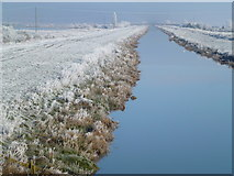 TL5392 : The New Bedford River - The Ouse Washes near Welney by Richard Humphrey