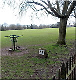 SO6302 : Lottery funded exercise equipment, Bathurst Park, Lydney by Jaggery