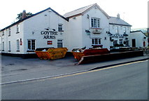 SO3204 : Star Road side of the Goytre Arms, Penperlleni by Jaggery
