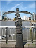 TQ3880 : Meridian Marker beside the Thames by David Purchase