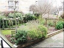 TQ2977 : Churchill Gardens by Alex McGregor