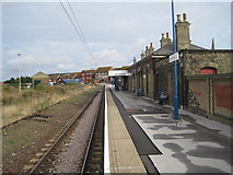TM2532 : Harwich Town railway station by Nigel Thompson