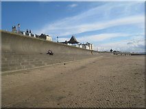 ST3049 : The sea wall, Burnham on Sea by Jonathan Thacker