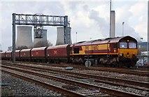 SU5290 : The penultimate coal train by Steve Daniels