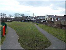 SS8983 : A tongue of grass in an Aberkenfig recreation area by Jaggery