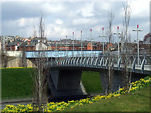 NS5566 : Clydeside Expressway footbridge by Thomas Nugent
