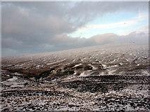 NN3847 : Wilderness at Dùn Laoghan by John Lucas