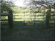 SE0120 : Gate on alternative route of Ripponden Footpath 10 by Humphrey Bolton