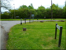 SU9186 : Junction of  Kiln and Branch Lanes in the hamlet of Widmoor by Shazz