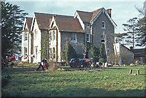 TQ8991 : Ragstone Lodge, Great Stambridge by Stephen McKay