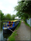 TQ0580 : Looking ahead to footbridge on the Grand Union Canal by Shazz