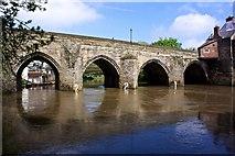 NZ2742 : Elvet Bridge, Durham by Paul Buckingham