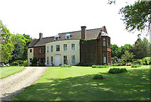 TM2692 : Driveway to Topcroft Hall by Evelyn Simak