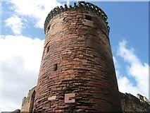 NS6859 : Tower, Bothwell Castle by Alex McGregor