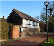 SO5139 : Grade II* listed medieval barn, Cathedral Close, Hereford by Jaggery