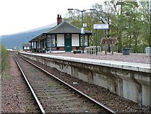 NN3039 : Bridge of Orchy rail station by James Allan