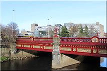 NS4863 : Abbey Bridge, Paisley by Leslie Barrie