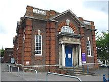TQ2273 : Roehampton:  Memorial Hall by Dr Neil Clifton