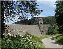 SK1789 : Lane below the Upper Derwent Reservoir by Andrew Hill