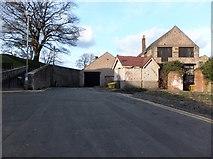 NT9953 : Bank Hill, Berwick-upon-Tweed by Barbara Carr