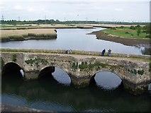 SU3613 : The old bridge at Redbridge by David Martin