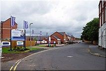 SO8277 : Bellway's Keepers Lock housing development, Clensmore Street, Kidderminster by P L Chadwick