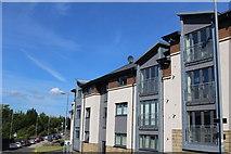 NS4263 : Modern Flats, High Street, Johnstone by Leslie Barrie