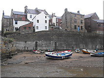 NZ7818 : Houses beside Staithes Beck by JThomas