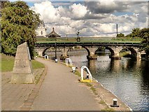 SK7954 : River Trent, Trent Bridge at Newark by David Dixon