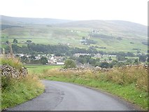 NY9038 : Bend in minor road, at the top of Scutterhill Bank by Stanley Howe