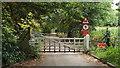 TQ0690 : Shepherd's Hill House driveway, Harefield by Malc McDonald