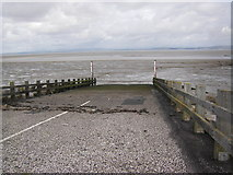 SD4364 : Slipway by Peter Bond