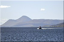 NM4962 : Towards Tobermory by Stuart Wilding
