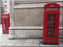 TQ3181 : London: K2 phone boxes on Bell Yard corner by Chris Downer