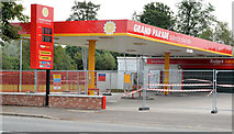 J3673 : Petrol station, Grand Parade, Belfast by Albert Bridge