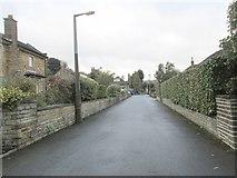 SE0823 : Manor Close - Manor Heath Road by Betty Longbottom