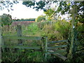 SO9474 : Footpath from Snuff Hill by Jonathan Billinger