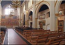 TQ2876 : St Bartholomew, (now St Nectarios), Battersea - South arcade by John Salmon