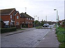TM3863 : Henley Close, Saxmundham by Geographer