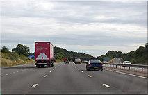 SU5846 : M3 approaching junction 7 by Julian P Guffogg
